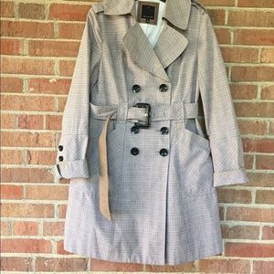 The limited Plaid trench coat
